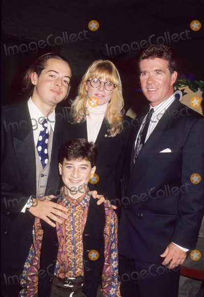Alan Thicke Photo - Joshua John Miller with Edan Gross Marcia Strassman Alan Thicke 1991 L2291 Photo by Lisa Rose-Globe Photos Inc