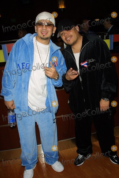 A B Quintanilla Photo - Grammy Awards Press Conference at Staples Center in Los Angeles CA Cruz Martinez  Ab Quintanilla Kumbia Kings Photo by Fitzroy Barrett  Globe Photos Inc 10-18-2001 K23124fb (D)