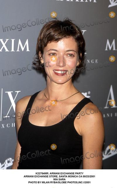 Mia Sara Photo -  Armani Exchange Party Armani Exchange Store Santa Monica CA 08232001 Mia Sara Photo by Milan RybaGlobe Photosinc