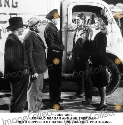 Ann Sheridan Photo - Juke Girl Ronald Reagan and Ann Sheridan Photo Supplied by RangefinderGlobe Photosinc