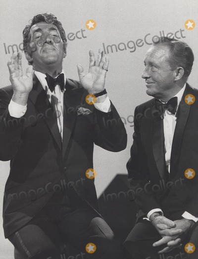 Dean Martin Photo - Bing Crosby with Dean Martin Bing Crosby -- Cooling It Still Supplied by Globe Photos Inc