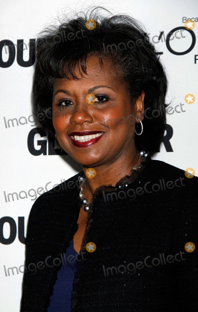 Anita Hill Photo - Anita Hill Arrives For the Glamour Magazine 21st Annual Women of the Year Awards at Carnegie Hall in New York on November 7 2011 Photo by Sharon NeetlesGlobe Photos Inc