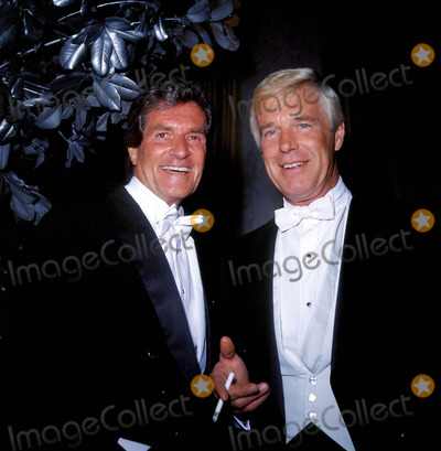 Hugh OBrian Photo - Hugh Obrian and George Peppard Photo by Nate Cutler-Globe Photos Inc