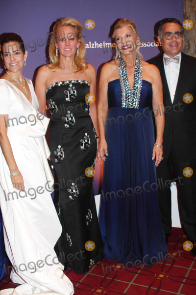 Alexandra Lebenthal Photo - 2009 Alzheimers Association Rita Hayworth Gala at the Waldorf Astoria in New York City 10-27-2009 Photo by Barry Talesnick-ipol-Globe Photos Inc Alexandra Lebenthal with Muffie Potter  Princess Yasmin Aga Khan