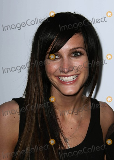 Ashlee Simpson-Wentz Photo - Ashlee Simpson-wentz Singer the St Jude 30th Anniversary Charity Screening of the Empire Strikes Back in Los Angeles California 05-19-2010 Photo by Graham Whitby Boot-allstar-Globe Photos Inc
