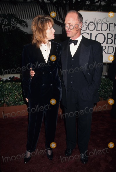 Amy Madigan Photo - Ed Harris with Amy Madigan at the 53rd Golden Globes 1996 K3669lr Photo by Lisa Rose-Globe Photos Inc
