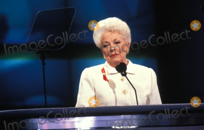 Ann Richards Photo - Democratic Convention 07-13-1992 Ann Richards Photo by Adam Scull-Globe Photos Inc 2002 Annrichardsretro