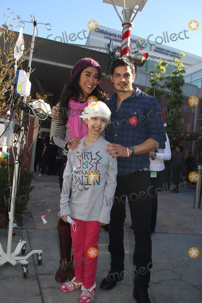 Benny Nieves Photo - 5th Annual Celebrity Blood Drive Hosted by Nicholas Gonzalez and Benny Nieves Childrens Hospital Los Angeles-blood Donation Center Los Angeles CA 12142013 Nicholas Gonzalez Clinton H WallacephotomundoGlobe Photos Inc