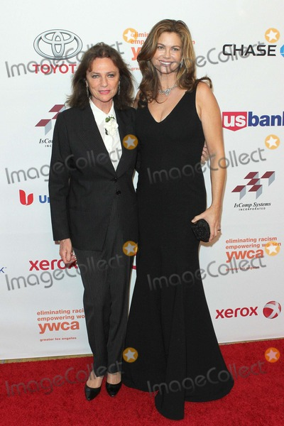 Jacqueline Bisset Photo - Jacqueline Bisset and Kathy Ireland Attend Ywca Greater Los Angeles the Rhapsody Ball Awards on 14th November 2014 at the Beverly Wilshire Hotelbeverly Hillscaliforniausaphoto Tleopold Globephotos