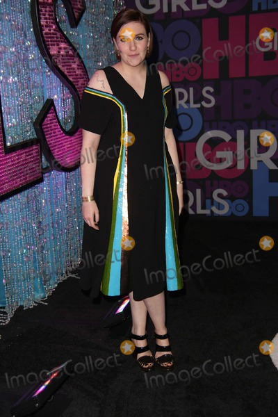 Lena Dunham Photo - The New York Premiere of the Fourth Season of Girls the American Museum of Natural History NYC January 5 2015 Lena Dunham