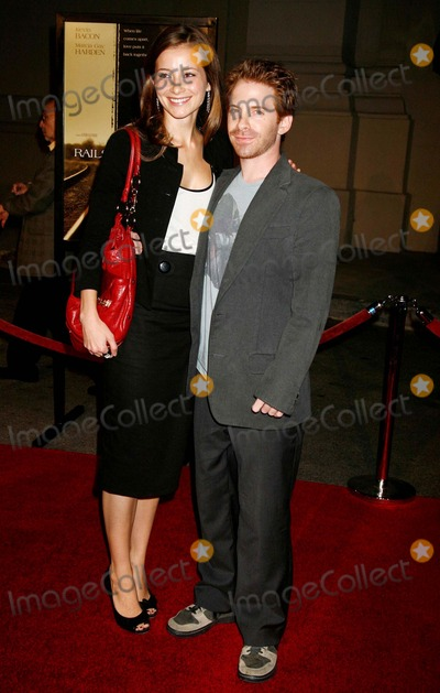 Candace Bailey Photo - Rails  Ties Los Angeles Premiere Steven J Ross Theatre at the Warner Broslot Burbank CA 102307 Seth Green and Girlfriend Candace Bailey Photo Clinton H Wallace-photomundo-Globe Photos Inc
