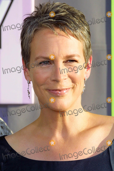 Jamie Lee Curtis Photo - - Freaky Friday - Los Angeles Premiere - at the El Capitan Theatre Hollywood CA - 08042003 - Photo by Kathryn Indiek  Globe Photos Inc 2003 - Jamie Lee Curtis