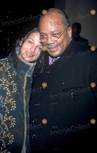 Tim Reid Photo - Sd1110 Quincy Jones and Tim Reid to Receive Oscar Micheaux Award Beverly Hills Hotel California Quincy Jones and Lisette Photo Tom Rodriguez-Globe Photos Inc 1999 Quincyjonesretro