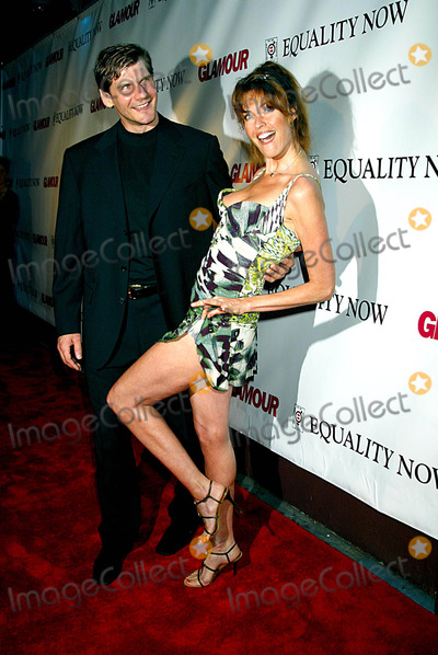 Alexi Yashin Photo - Glamour Party to Benefit Equality Now Plaid 76 East 12th Streetnew York City Photo Sonia Moskowitz  Globe Photos Inc 2003 Alexi Yashin and Carol Alt 0908