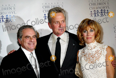 Nancy Spielberg Photo - O Children at Heart Celebrityfantasy Auction at Chelsea Piers 11-22-2004 Photo Sonia Moskowitz  Globe Photos Inc 2004 Michael Douglas with Benjamin Brafman and Nancy Spielberg