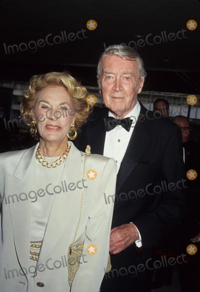Jimmy Stewart Photo - Jimmy Stewart with Wife Gloria Photo by Craig Skinner-Globe Photos Inc