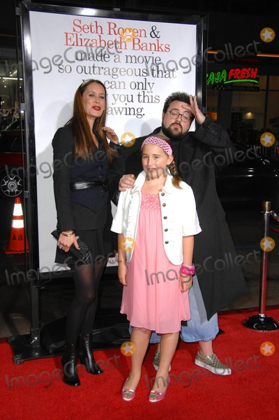 Jennifer Schwalbach Smith Photo - Jennifer Schwalbach Smith Kevin Smith and Harley Quinn Smith during the premiere of the new movie from The Weinstein Company ZACK AND MIRI MAKE A PORNO PREMIERE held at Graumans Chinese Theatre on 10-20-2008 in Los AngelesPhoto Jenny Bierlich - Globe Photos IncK60138JBI