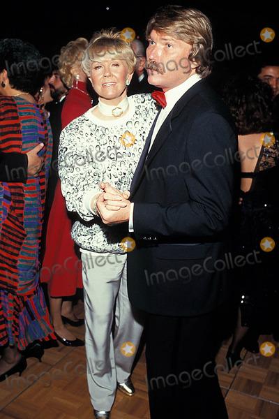 Terry Melcher Photo - Photo Ralph Domiguez Globe Photos Inc 1987 Terry Melcher and Doris Day Terrymelcherretro Dorisdayretro