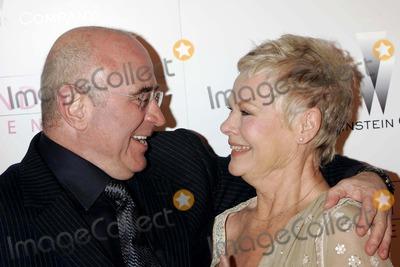 Judi Dench Photo - Bob Hoskins  Dame Judi Dench Mrs Henderson Presents Premiere Beverly Hills CA 05-05-2005 Roger Harvey-Globe Photos Inc