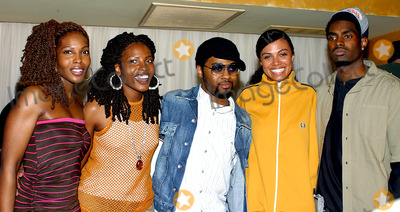 Amel Larrieux Photo - Coca Cola Nu Classic Soul Advertising Launch to Promote Three New Coca Cola Television Advertisements at Eugene in New York City 03182003 Photo by Rick MacklerrangefinderGlobe Photos Inc 2003 Musiq_amel Larrieux