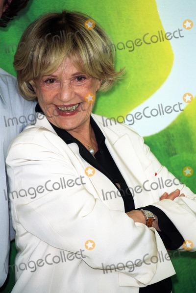 Jeanne Moreau Photo - Jeanne Moreau Actress Ly Venice Film Festival 2001 Ita 08092001 Bk84g18c Credit AllstarGlobe Photos Inc