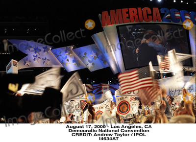 Andrew Taylor Photo - August 17 2000 - Los Angeles CA Democratic National Convention Credit Andrew Taylor  Ipol I4634at Credit PhotographeripolGlobe Photos Inc Tmconvention