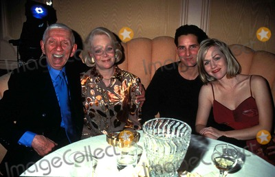 Aaron Spelling Photo - Fox Television Party Perinos Restaurant Los Angeles Aaron Spelling Candy Spelling and Jennie Garth Photo by Tammie Arroyo-ipol-Globe Photos Inc