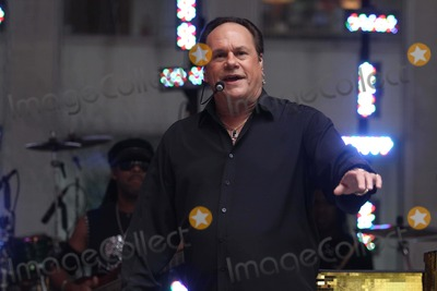 KC and the Sunshine Band Photo - Kc and the Sunshine Band Concert at Foxnews W48st 7-20-2012 Photo by John BarrettGlobephotos