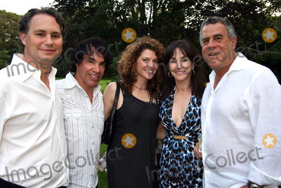 Aimee Oates Photo - Phoenix House Benefit at a Private Residence East Hampton NY Photos by Sonia Moskowitz Globe Photos Inc 2009 Jason Binn John Oates Aimee Oates Diane and Alan Lieberman