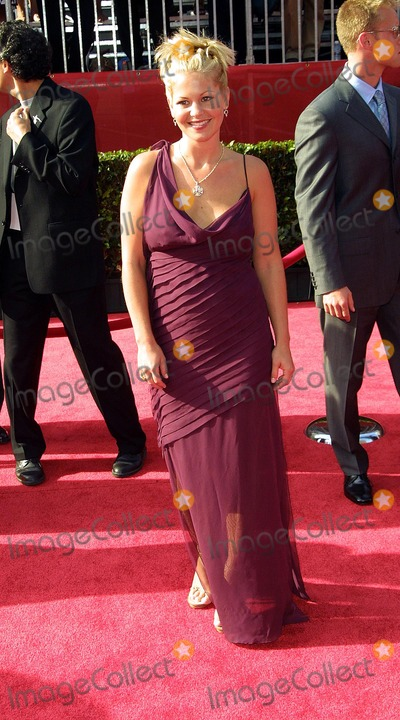 Candace Cameron-Bure Photo - Candace Cameron Bure 10th Annual Espy Awards Kodak Theater Hollywood CA July 10 2002 Photo by Nina PrommerGlobe Photos Inc2002