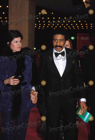 Richard Pryor Photo - Richard Pryor with Jennifer Lee 1978 Photo by Bob Noble-Globe Photos Inc Richardpryorretro