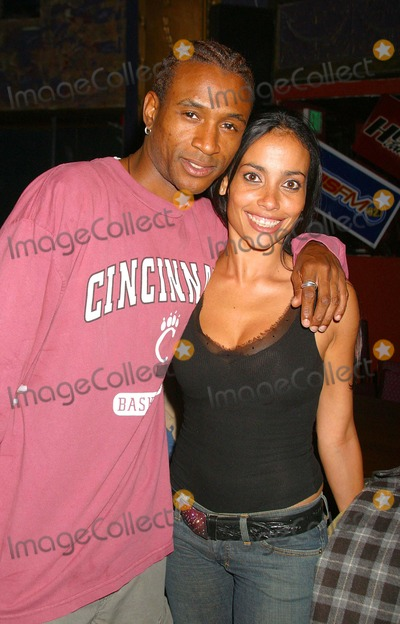 All 4 One Photo - I8623CHWJAMIE JONES OF ALL-4-ONE DEBUTS HIS SOLO ALBUM WITH A HOLLYWOOD GALA HOSTED BY NATALIE RAITANO-RADIO COVERAGE BY KIISFM  HOT 92 BB KINGS UNIVERSAL CITY CA04282004PHOTO BY CLINTON H WALLACEIPOLGLOBE PHOTOS INC 2004TOMMY DAVIDSON AND CAROL BORJAS