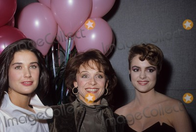 Michelle Johnson Photo - Valerie Harper with Demi Moore Michelle Johnson N2960 Photo by Nate Cutler-Globe Photos Inc