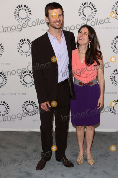 Ali Marsh Photo - Frederick Weller Wife and Ali Marsh the Paley Center For Media Celebrates Final Season of USA Networks in Plain Sight Held at the Paley Center Beverly Hillscaapril 18 - 2012photo TleopoldGlobephotos