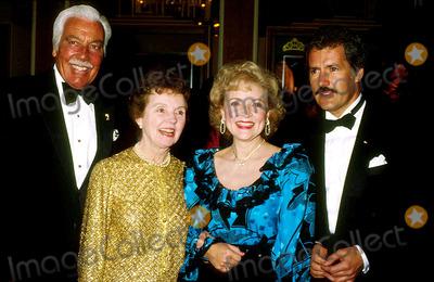 Caesar Romero Photo - Betty White with Caesar Romero  Tane Wyatt and Alex Trebeck 3-1985 13611 Photo by Phil Roach-ipol-Globe Photos Inc
