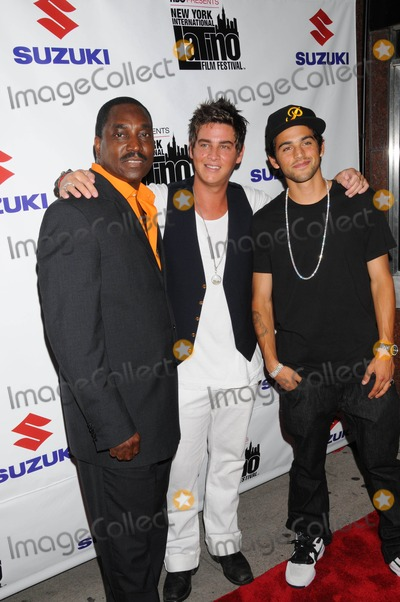Clifton Powell Photo - the 9th Annual New York Latino Film Festival Opens with American Son at Dga Theater  New York City 07-22-2008 Photo by Ken Babolcsay-ipol-Globe Photos 2008 Clifton Powell with Trevor Wright and Paul Rodriguez Jr