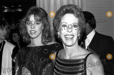 Carrie Hamilton Photo - Carol Burnett with Daughter Carrie Hamilton SmpGlobe Photos Inc Carolburnettretro