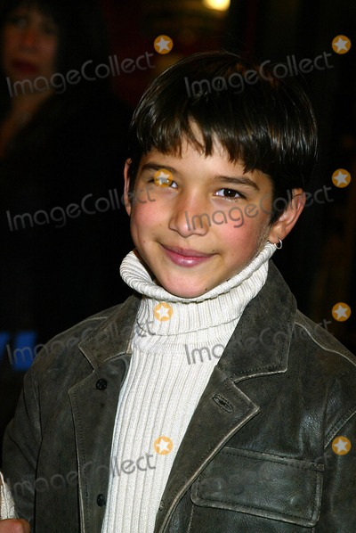Tyler Posey Photo - Sd12082002 the World Premiere of Maid in Manhattan at the Ziegfeld Theatre  NYC Tyler Posey Photo by Sonia MoskowitzGlobe Photosinc