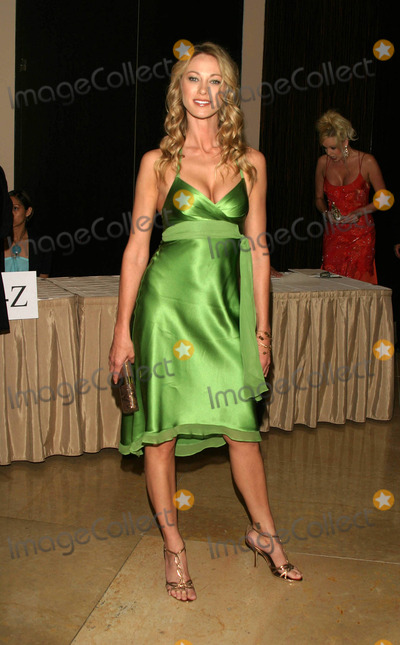 Jennifer Lothrop Photo - Hollywoods Luminaries Both in Front of and Behind the Camera to Be Saluted at Star Studded 32nd Annual Vision Awards Beverly Hilton Hotel Los Angeles CA 06-12-05 Photo by Jaimie Rodriguez- Globe Photos 2005 Jennifer Lothrop