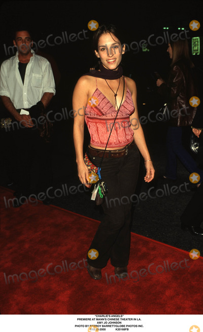 Amy Jo Johnson Photo - charlies Angels Premiere at Manns Chinese Theater in LA Amy Jo Johnson Photo by Fitzroy BarrettGlobe Photos Inc 10-22-2000