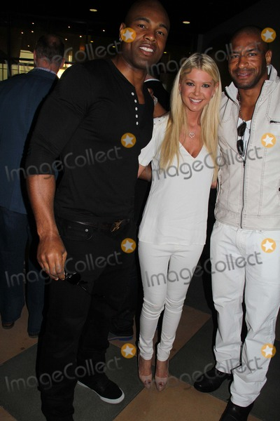 Akin Ayodele Photo - a Resurrection Los Angeles Premiere Hosted by Jamie Kennedy Entertainment Arclight Cinemas Sherman Oaks CA 03192013 Akin Ayodele Tara Reid and Tj Slaughter - Nfl Photo Clinton H Wallace-Globe Photos Inc