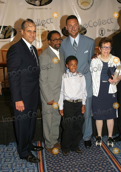 Adele Photo - I10912DEREK JETER AND GUESTS DISCUSS HIS TURN 2 FOUNDATION AT THE 10TH ANNUALTURN 2 FOUNDATIONS DINNER AND AWARDS CEREMONY MARRIOTT MARQUEE 06-29-2006PHOTO BARRY TALESNICK-IPOL-GLOBE PHOTOS INCJOE TORRE SPIKE LEE AND SON  DEREK JETER AND ADELE SMITHERS