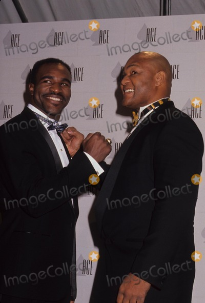 George Foreman Photo - Evander Holyfield with George Foreman L2505 Photo by Michael Ferguson-Globe Photos Inc