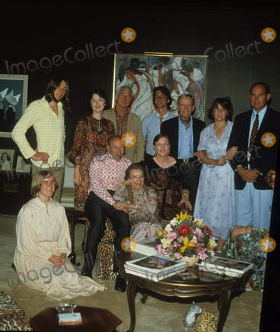 Astaire Photo - Fred Astaire with Family R0907 Supplied by Globe Photos Inc