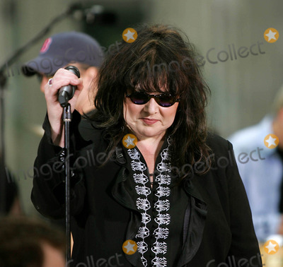 Ann Wilson Photo - Heart Performs on Nbcs Today Show Summer Concert Series at the NBC Studios in Rockefeller Center  New York City 06262004 Photo by Rick MacklerrangefinderGlobe Photosinc Ann Wilson