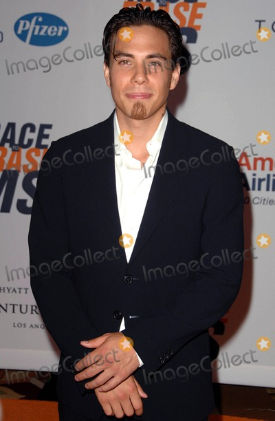 Apolo Anton Ohno Photo - Apolo Anton Ohno attends the 17th Annual Race to Erase MS Held at the Hyatt Regency Plaza Hotel in Los Angeles CA 05-07-10 Photo by D Long- Globe Photos Inc 2010 K64745long
