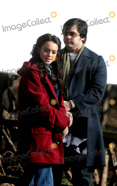 Jared Leto Photo - Filming of Chapter 27 in Central Park Date 02-02-06 Photo by John Barrett-Globe Photosinc Lindsay Lohan and Jared Leto Lindsay Lohan