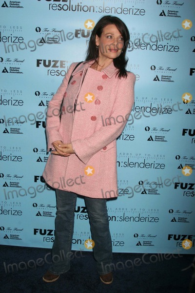 Meredith Salenger Photo - Fuze Resolution Slenderize Kickoff Party to Benefit the American Diabetes Foundation Hosted by Sophia Bush 86 - (Basement) Hollywood CA 010908 Meredith Salenger Photo Clinton H Wallace-photomundo-Globe Photos Inc
