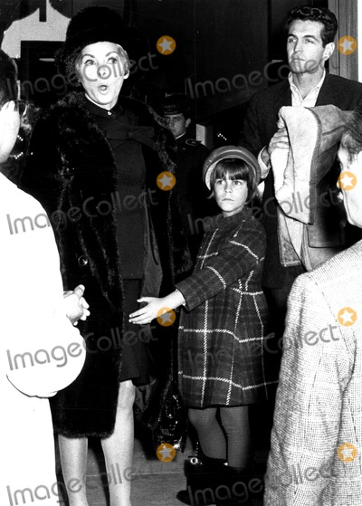 Jamie Lee Curtis Photo - Janet Leigh and Daughter Jamie Lee Supplied by Globe Photos Inc
