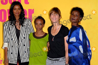 Waris Dirie Photo - Liya Kebede Soraya Omar-scego Sherry Hormann Waris Dirie Desert Flower Photocall 66th Venice Film Festival Venice Italy September 05 2009 Photo by Roger Harvey-Globe Photos Inc 2009